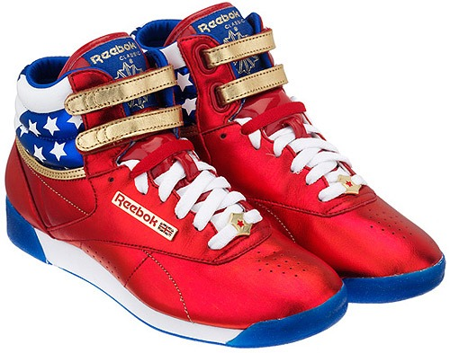 545327659fb Reebok Wonder Woman - Just Lia
