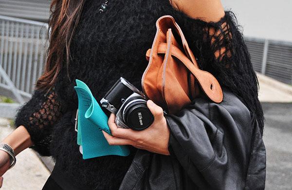8f8364d00 Como Usar: Bolsa-Carteira (Clutch) - Just Lia | Por Lia Camargo