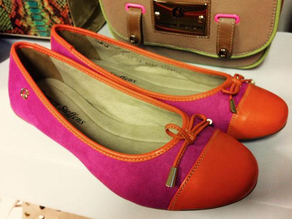 303e00ca0 A fábrica de sapatos e bolsas Carmen Steffens