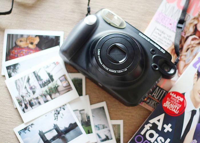 Câmera instantânea Fujifilm Instax 210   Just Lia   Bloglovin  eaa89f493f