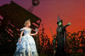 Musical Wicked e as bonecas de Oz: Mágico e Poderoso