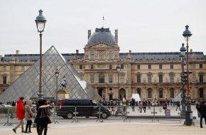 Paris – Palácio do Louvre, Jardins das Tulherias, Roue de Paris e Praça da Concórdia