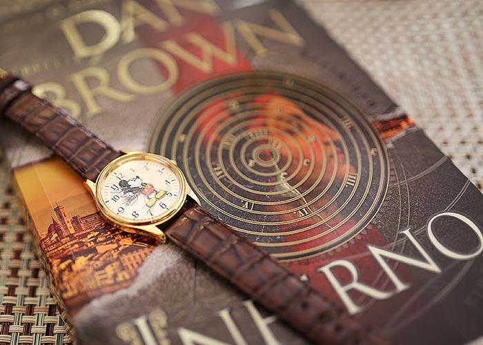 Relógio de Robert Langdon que veio da Disney!