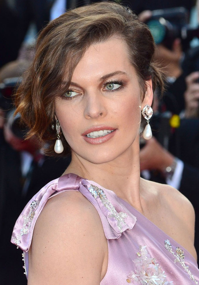 milla-jovovich-make