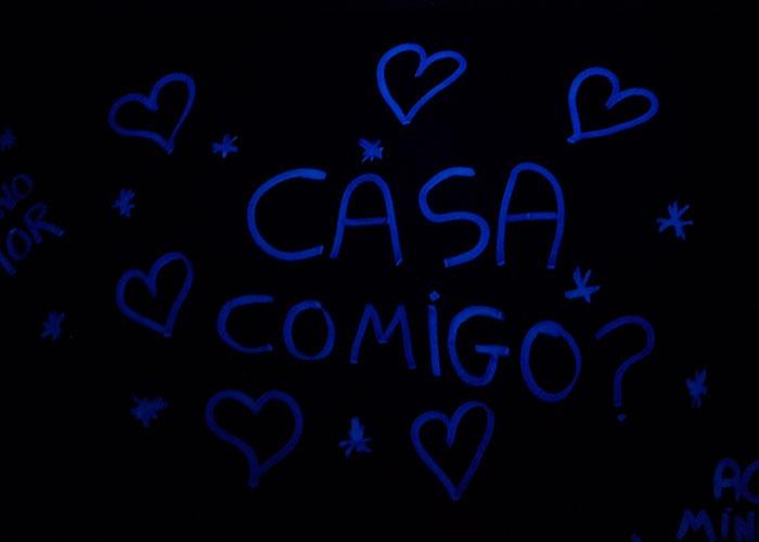 mensagem-de-amor-tinta-fluorescente-001