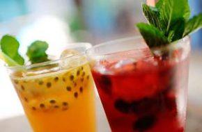 Receita de soft drink de frutas vermelhas