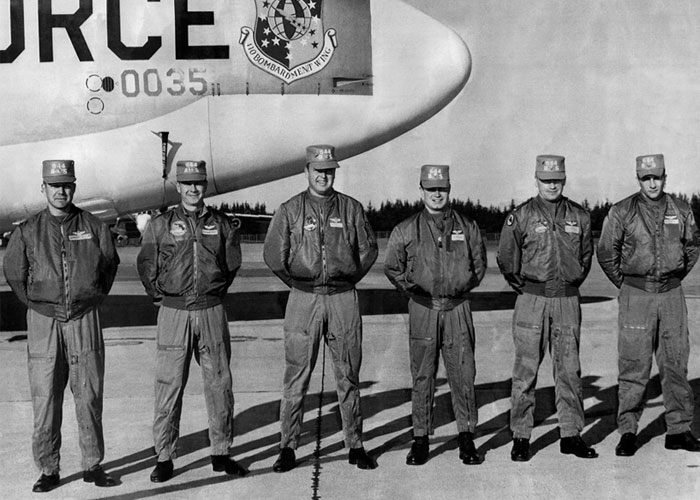 Pós 2ª Guerra Mundial, a Bomber Jacket original lá em 1966