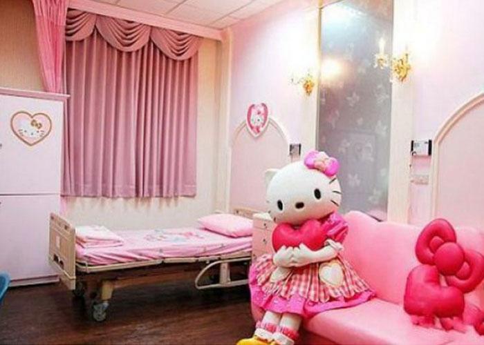 hello-kitty-hospital-003