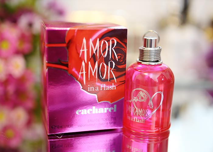 perfume-review-amor-amor-cacharel-in-a-flash