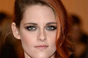 Batalha: Kristen Stewart - Just Lia | Por Lia Camargo