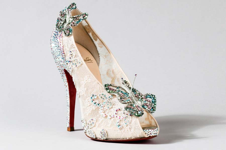 cinderela-sapatos-grifes-000