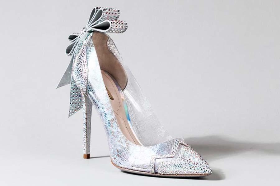 cinderela-sapatos-grifes-004