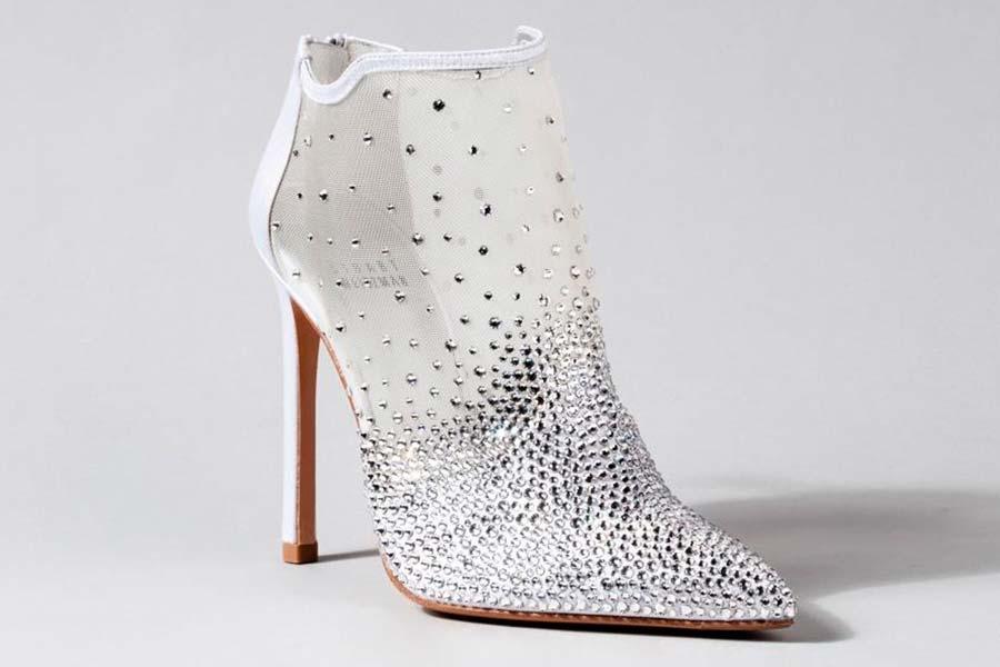 cinderela-sapatos-grifes-005