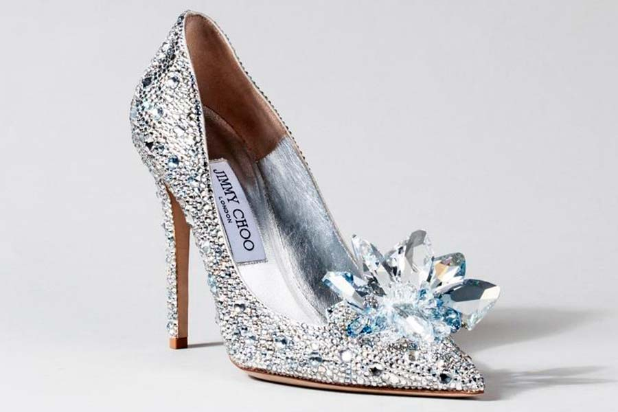 cinderela-sapatos-grifes-006