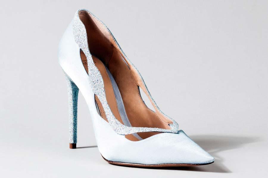 cinderela-sapatos-grifes-009