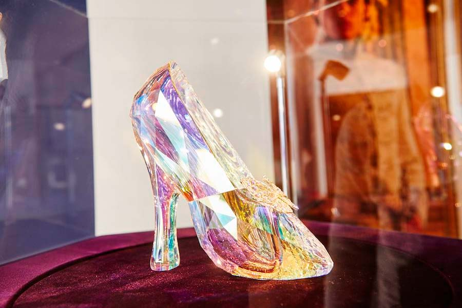 cinderela-sapatos-grifes-012