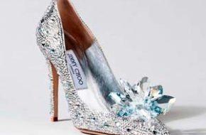 O sapato da Cinderela recriado por designers