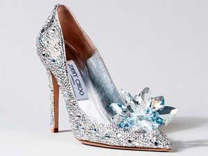 O sapato da Cinderela recriado por designers - Just Lia | Por Lia Camargo