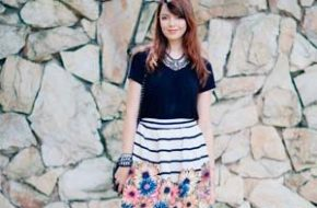 Look do dia: Listras e flores