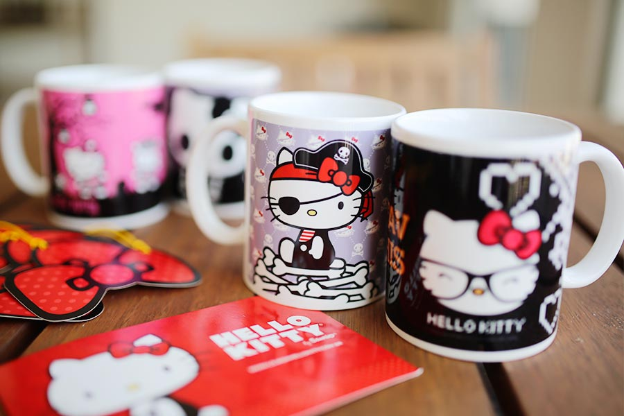 hello-kitty-caneca-001