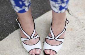 4 jeitos de usar: Sandália branca e preta