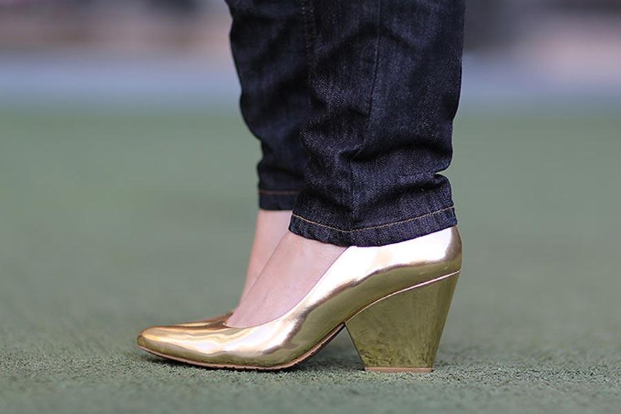 ju-escarpim-dourado