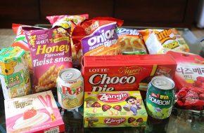 Provando doces e salgadinhos coreanos