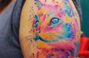 As tatuagens em aquarela de Tavares