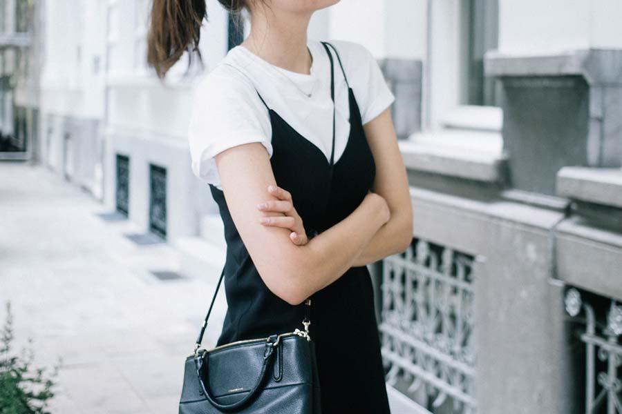 367c282c9fd Como usar  Vestido sobre camiseta - Just Lia