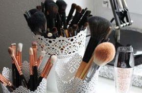 Decoração: Porta-pincel de maquiagem