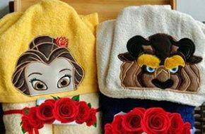 As toalhas de personagens da Banho Divertido