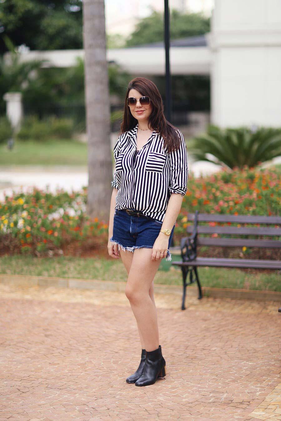 c22d753aa Look do dia  Camisa preta e branca - Just Lia