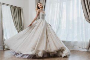 Vestidos de alta costura inspirados em Disney por Paolo Sebastian